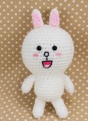 http://translate.google.es/translate?hl=es&sl=en&tl=es&u=http%3A%2F%2Fsnacksieshandicraftcorner.blogspot.com.es%2F2014%2F10%2Fline-cony-crochet-amigurumi-pattern-free.html