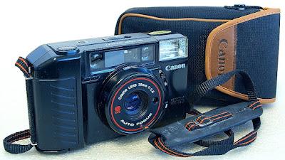 Canon Sure Shot (AF35M II/AutoBoy 2) (Canon 38mm F2.8 lens) #880