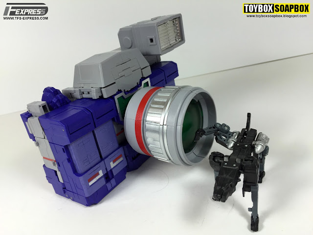 fanstoys spotter transformers masterpiece