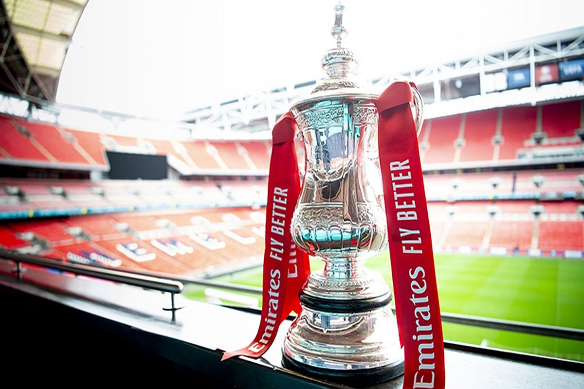 Manchester United welcome West Ham in the fifth round of ...