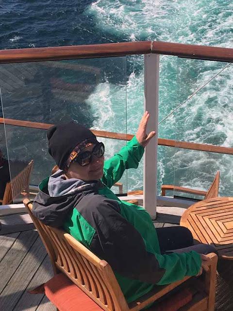 на круизном лайнере в Южном Океане