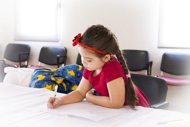 Belajar Di Rumah Untuk Anak PAUD, Tips Mendidik Dan Contoh Kegiatannya