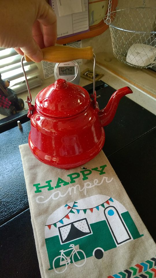 camping tea kettle, Happy Camper towel