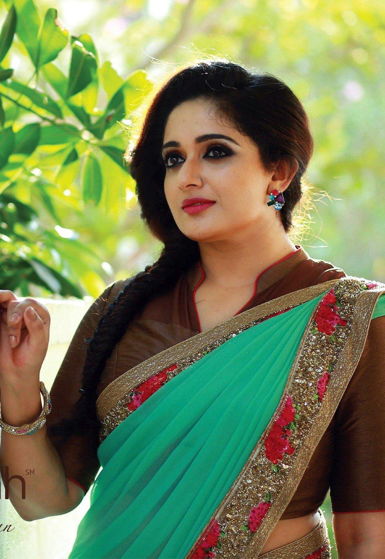 SouthIndian Actress Gallery: kavya madhavan hot sexy new