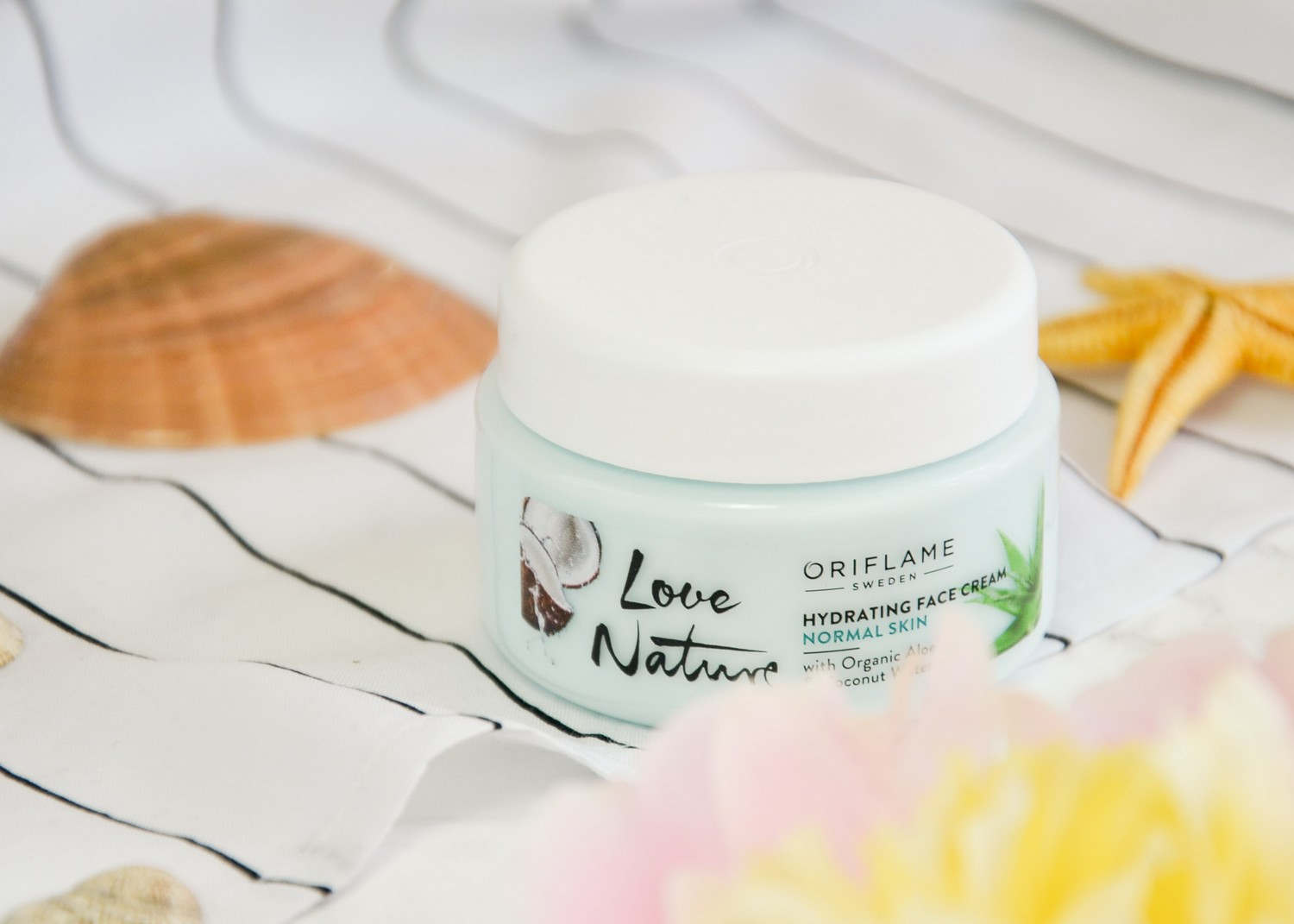 Oriflame Love Nature Skincare (Hydrating Face Cream, Refreshing Eye Gel, Purifying Face Oil and Refreshing Toner)