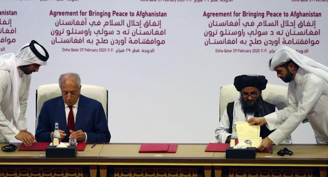 """أمريكا وحركة """"طالبان"""" يوقعان اتفاق السلام"""