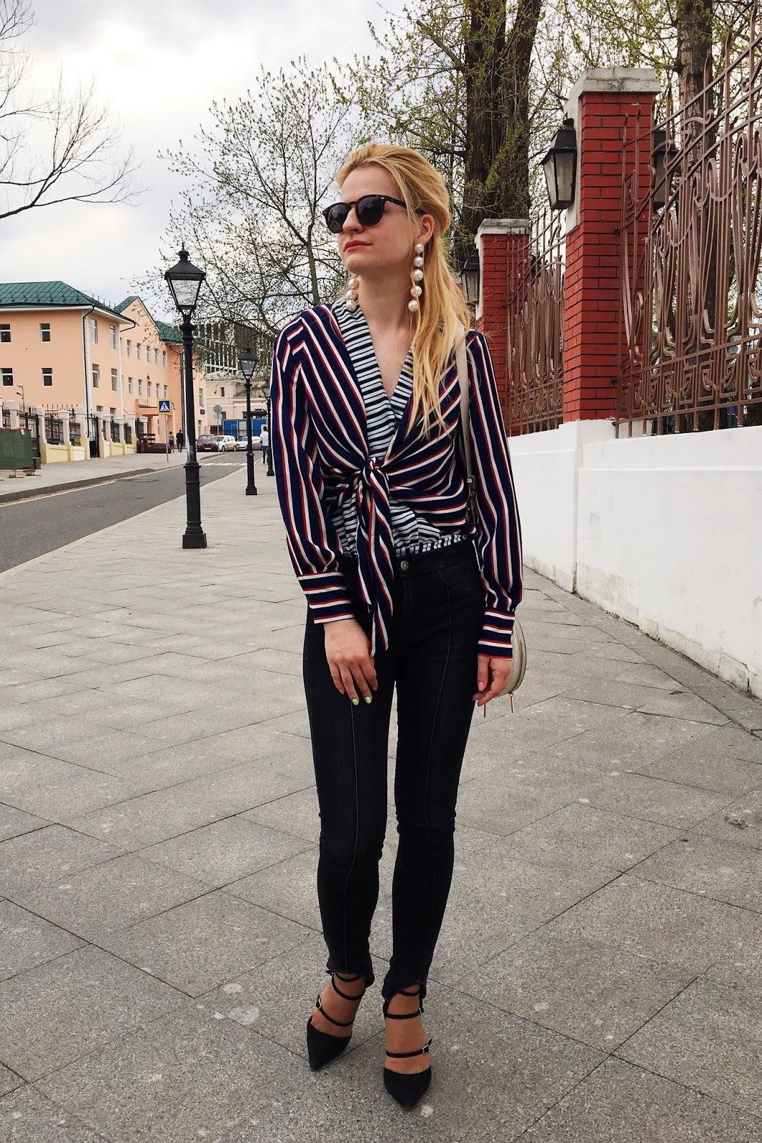 уличная мода, модные луки, рубашка в полоску лук