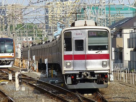 東京メトロ有楽町線 各停 豊洲行き 東武9000系