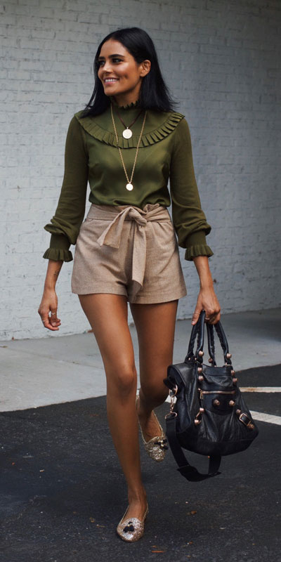 21 Fabulous Fall Outfit Ideas to Start Fall with Style. From work to brunch to date-night, you'll be falling for these ideas that will suit your every need. Women's Style + Fashion via higiggle.com | shorts | #fall #winter #outfits