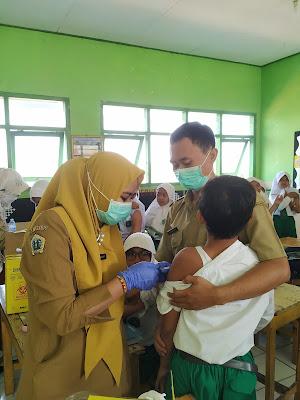 pemberian imunisasi difteri dan tetanus