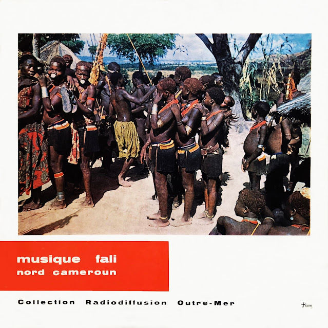 #Cameroon #Cameroun #Nord Cameroun #northern Cameroon #Fali # Ngoutchoumi #traditional music #musique traditionnelle #Funeral #African music #musique Africaine #world music #trance #Funeral #wooden whistle #harp #drums #call-response #appel-réponse #vinyl #10 in #25 cm #MusicRepublic