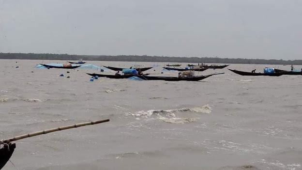 আজ থেকে দুই মাস সুন্দরবনের নদী-খালে মাছ আহরণ নিষিদ্ধ