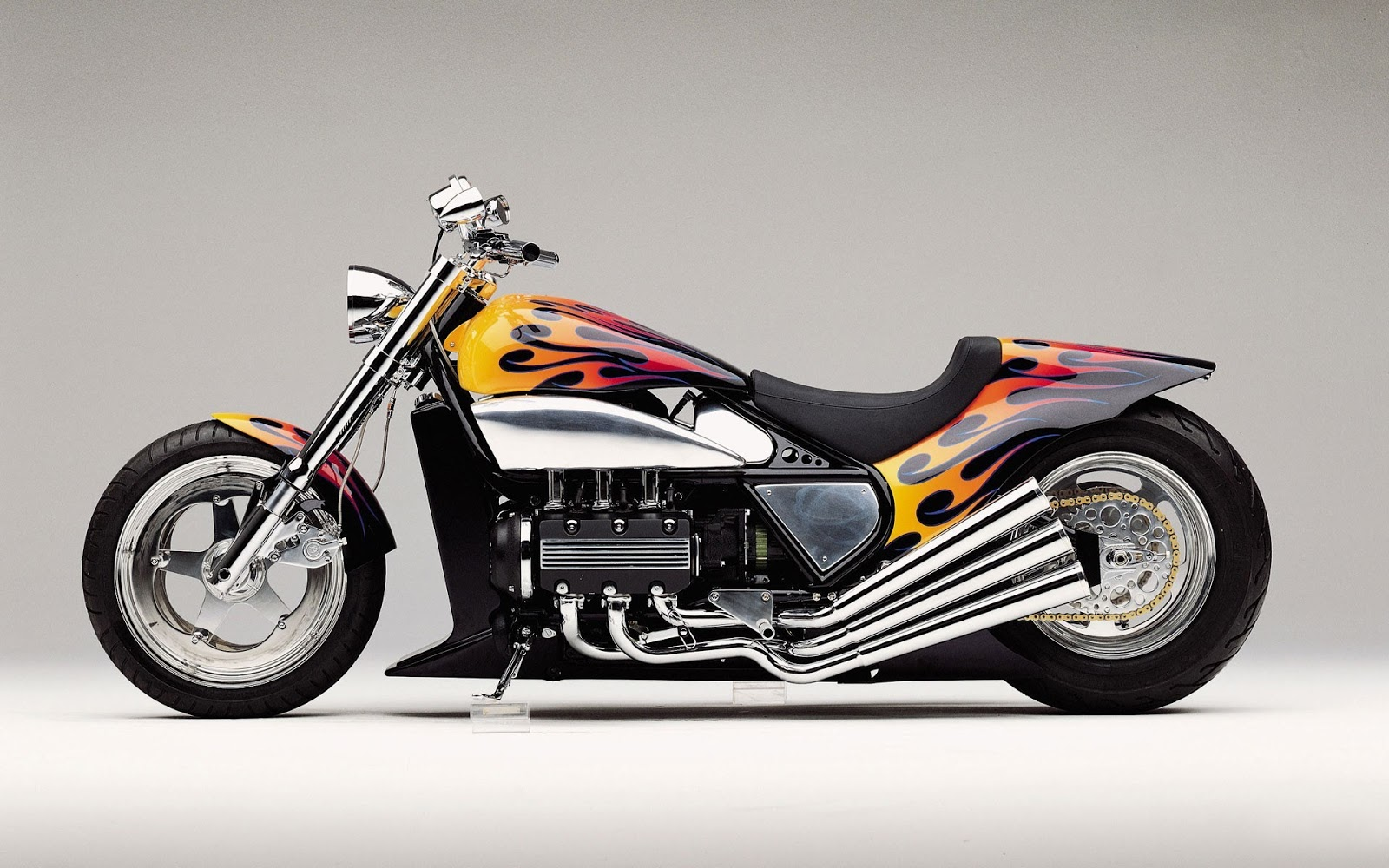 Super Bikes- Costly Bikes HD Wallpapers In 1080p