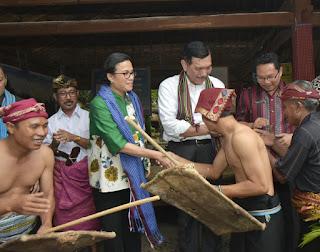<b>Menko Maritim dan Menkeu Kunjungi Destinasi Wisata Dusun Sade</b>