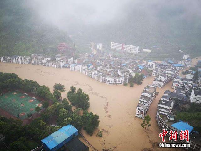 Sau Coronavirus, lũ lụt tấn công miền nam Trung Quốc