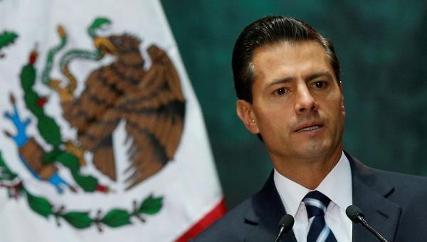 Investigación revela que Peña Nieto plagió parte de su tesis
