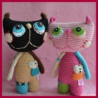 Coloridos gatos amigurumi