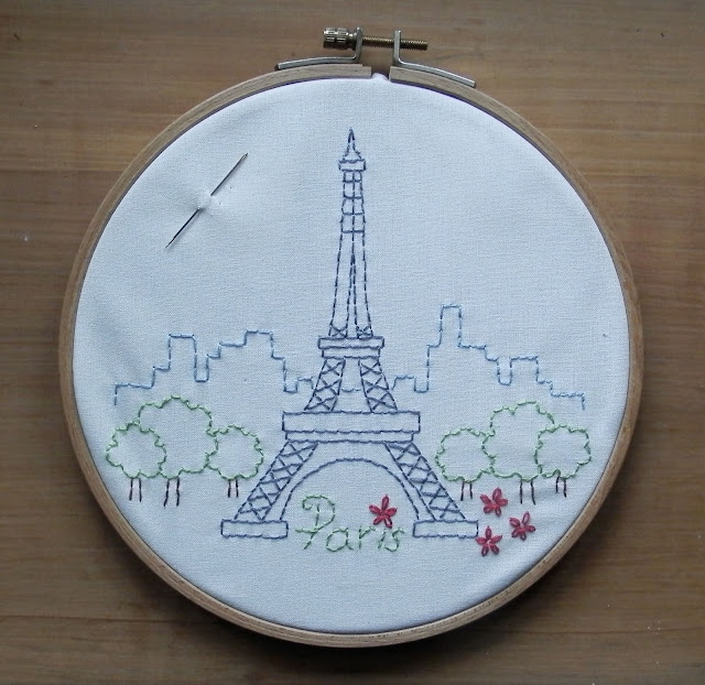 Paris au printemps redwork embroidery by Brodeuse Bressane