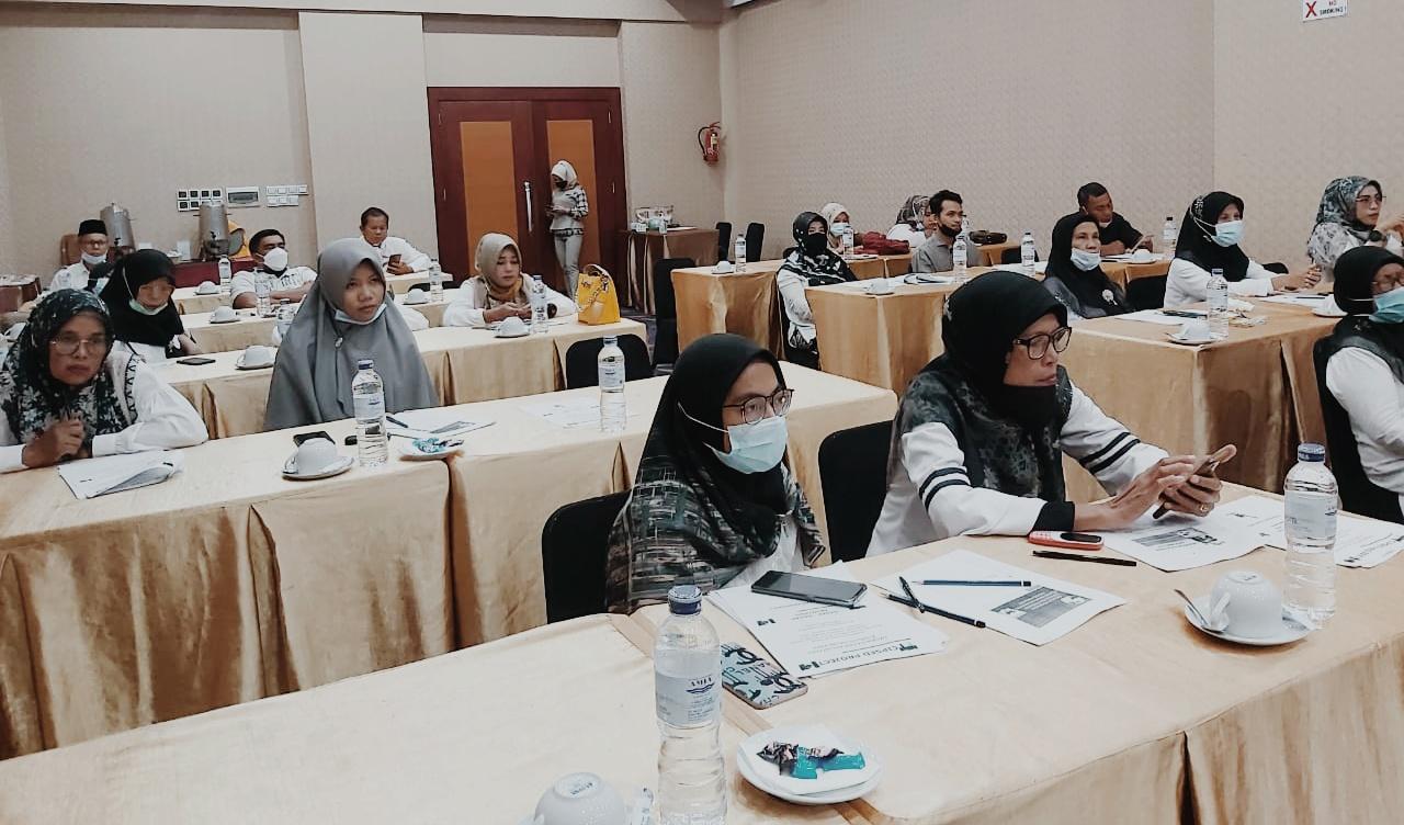 Buka Pelatihan Akuntansi Perkoperasian, Sekdakab Ali Amran ...