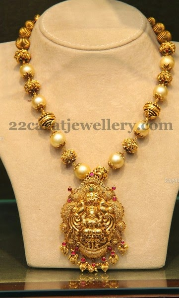 Temple Jewellery With Lakshmi Jewellery Designs