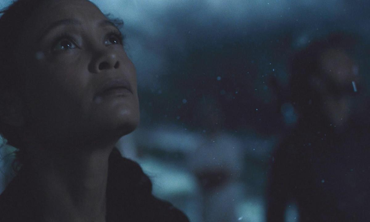 Fotografía de Maeve en el 2x03 de Westworld en HBO