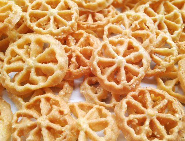 Resep/Cara Membuat Kue Kembang Goyang