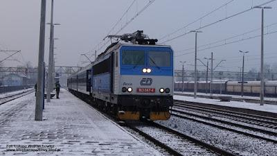 Lokomotywa 163 047-4 z poc. interREGIO nr 3050, stacja Oświęcim