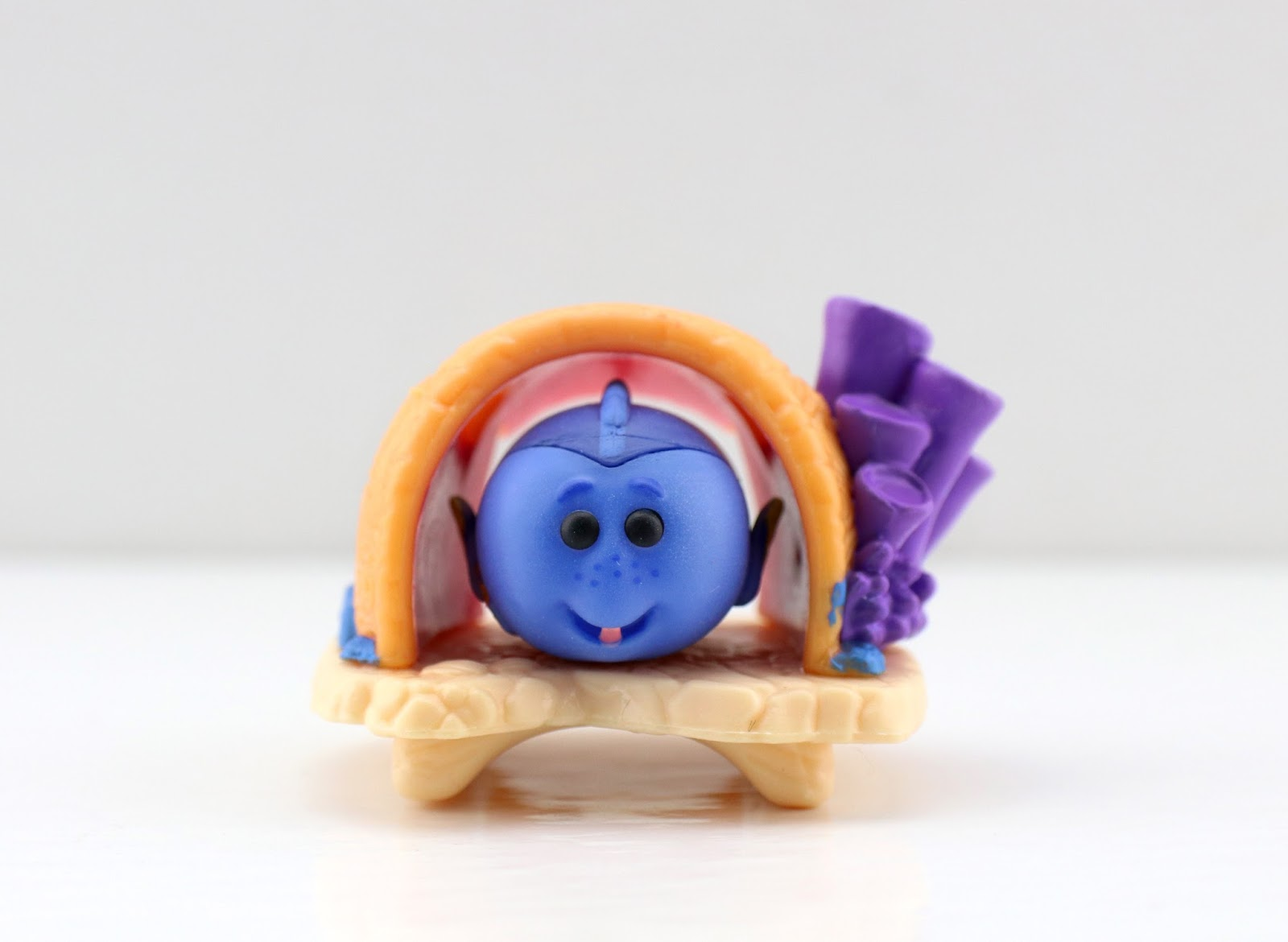 Disney Tsum Tsum Mystery Stack Packs by Jakks Pacific series 10 dory