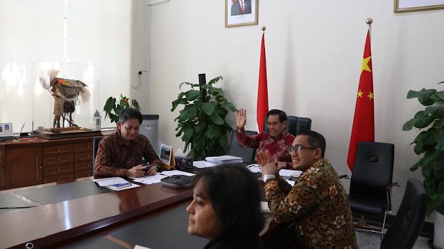 Djauhari Oratmangung Apresiasi Solidaritas Indonesia-Tiongkok Melawan COVID-19 pada Hari Perawat Sedunia