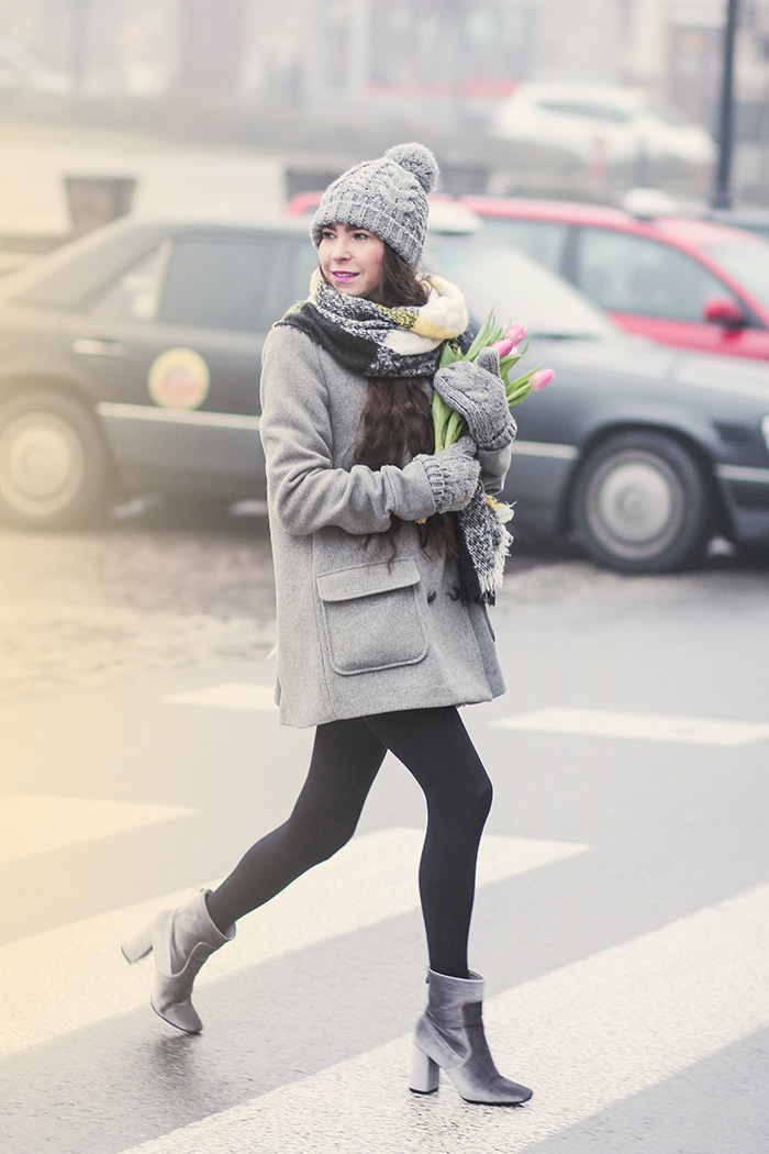 grey coat, gray skirt, gray hat, gloves, tulips, newchic. zara, bochnia, H&M, velvet boots deezee
