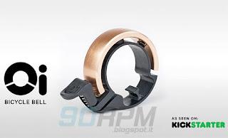 """Il campanello per bicicletta """"OI"""" di Knog, qui proposto in versione ottone"""