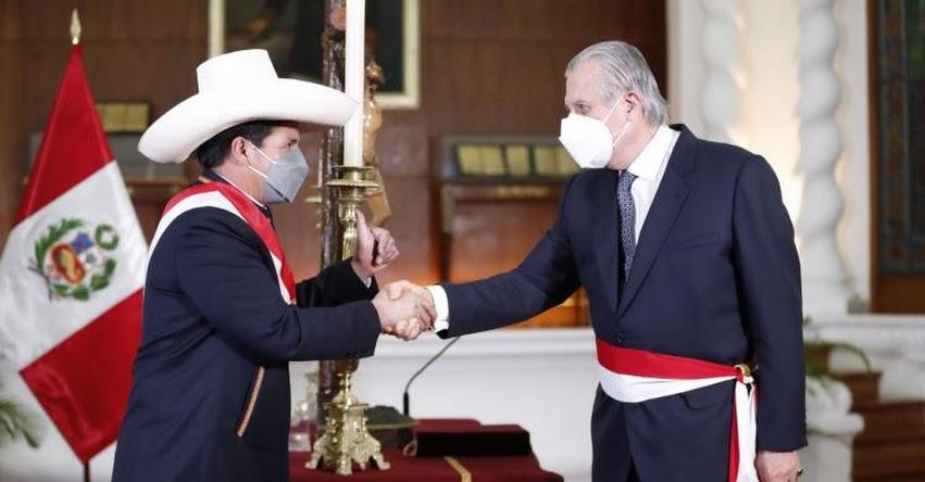 RREE: Oscar José Ricardo Maúrtua de Romaña juramentó como nuevo Ministro de Relaciones Exteriores - www.rree.gob.pe