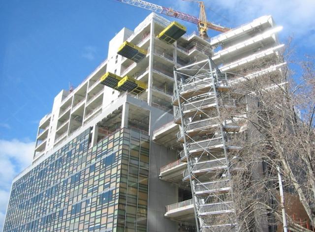 Kelebihan dan Kekurangan Konstruksi Bangunan Gedung Dengan Beton