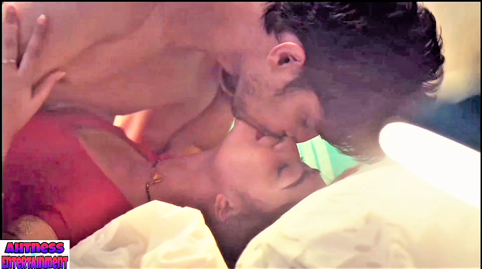 Tridha Choudhury sexy scene - Aashram s01ep05-06 (2020) HD 720p