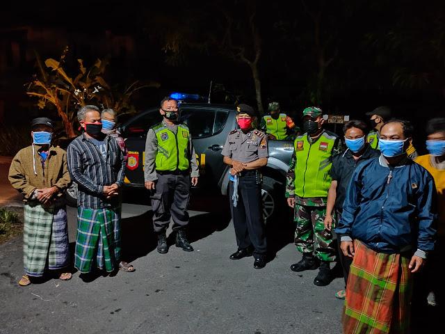 TNI-POLRI Memberikan Himbauan Masyarakat Dalam Mencegah Penyebaran Covid-19
