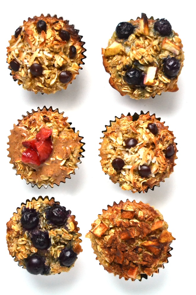 Customizable Baked Oatmeal Cups make an easy and filling, healthy breakfast that is perfect for busy mornings and totally customizable with your favorite toppings! www.nutritionistreviews.com
