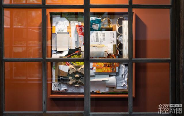 從生活廢棄物打造的廢棄藝術廊道區,讓觀展者反思永續生活的重要性。