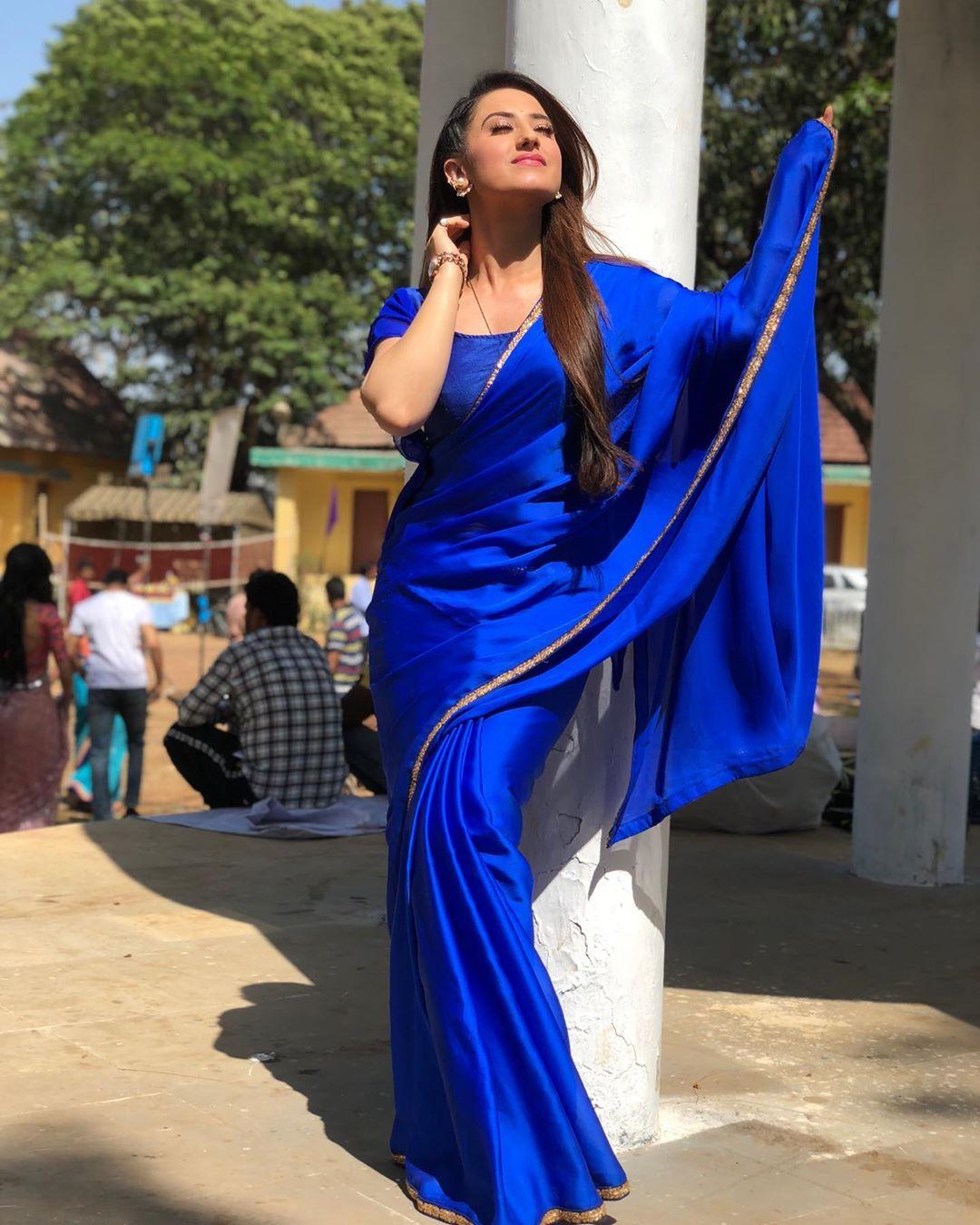aalisha-panwar-looks-like-hazal-kaya
