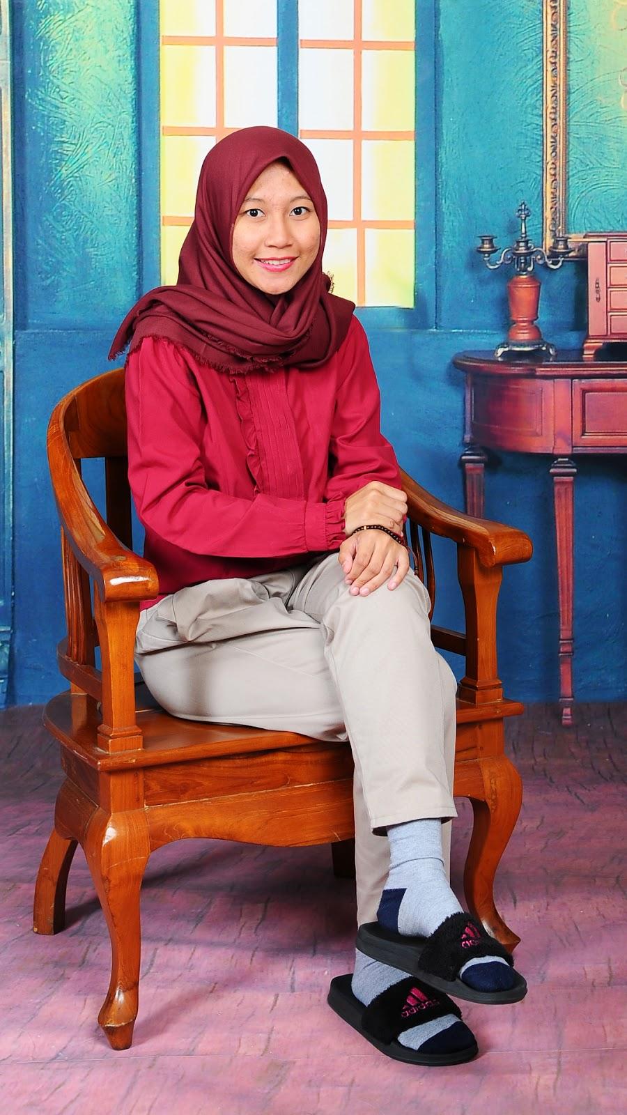 cewek manis wallpaper muslimah cantik hijab