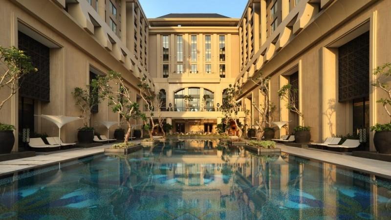 Kolam renang Hotel Tentrem Yogyakarta