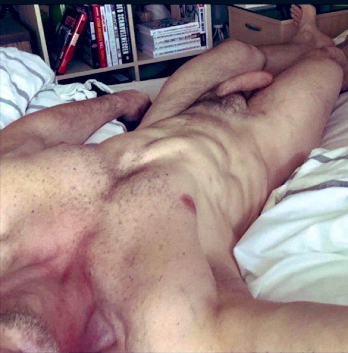 desnudo mi padre y erecto