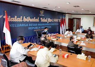 Idul Fitri 1441 H di Masa Pandemi COVID-19, Mahkamah Konstitusi Gelar Halal Bihalal Manfaatkan Saluran Video Conference Aplikasi ZOOM
