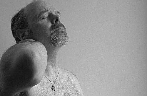 Các cách hiệu quả để điều trị đau vai gáy