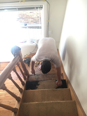 Removing the Carpet on our Staircase