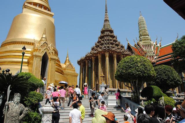 Teren świątyni w Tajlandii