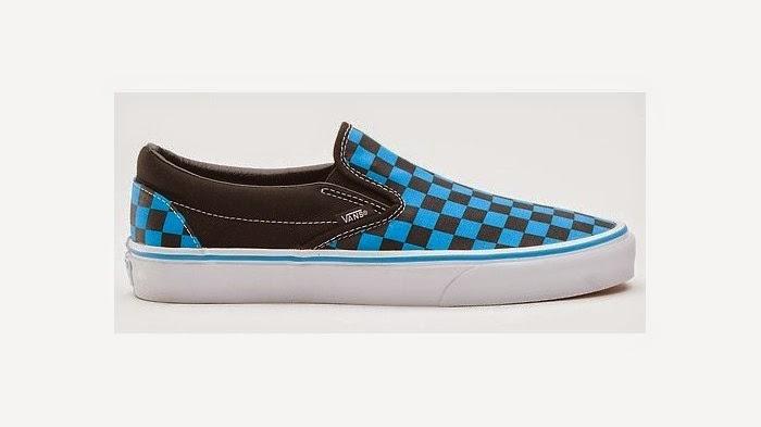 Vans Classic Slip On Shoes Black White