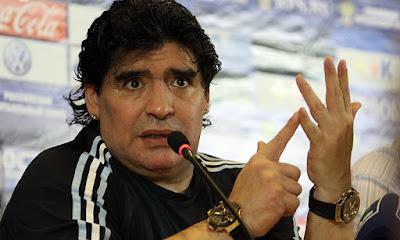 Diego Maradona - Morre uma lenda