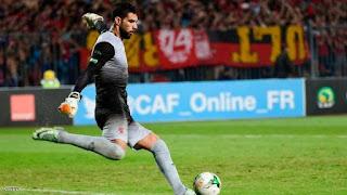 حارس نادي الأهلى المصري يكشف عن سبب رحيله
