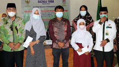 Wabup Toba Apresiasi Beasiswa dari Baznas Provinsi Sumut