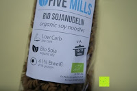 Verpackung vorne: Sojanudeln BIO (1x250g) mit 41% Protein, Low Carb, NON-GMO von Five-Mills.de für Muskelwachstum und Muskelerhalt - Eiweißnudeln geeignet als Fleischersatz Supplementersatz Vegetarier Soja aus Österreich
